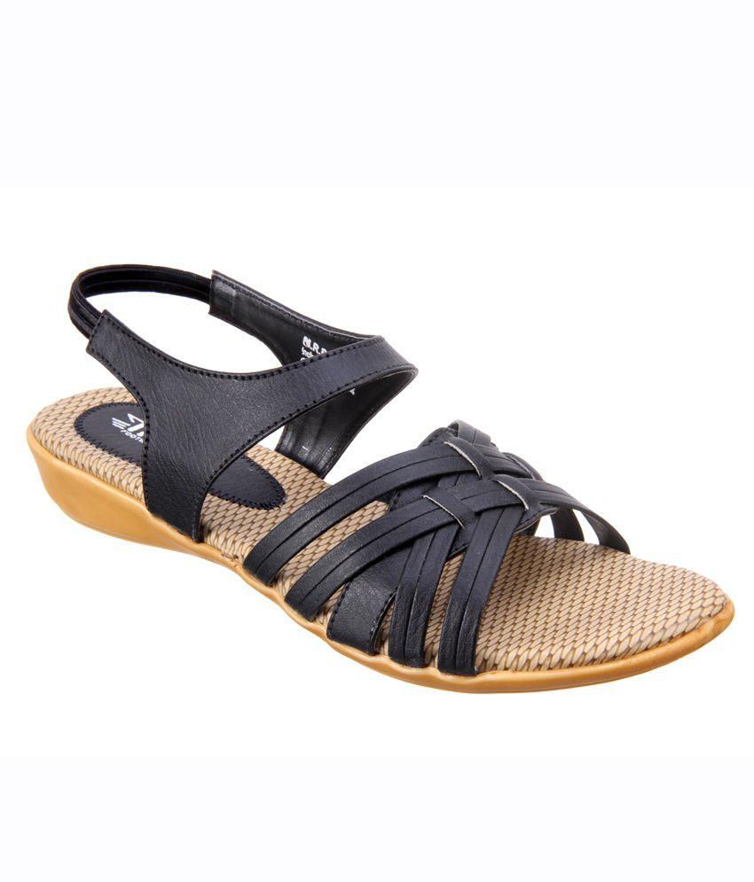 Black In India Titas Casual Womens Sandals Buy Price rdCxoQBeEW