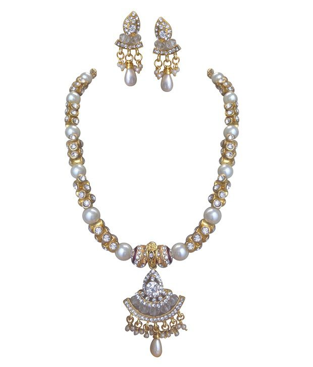 Vasthra Elegant Party Wear Pearl Necklace - Vasthra Boutique