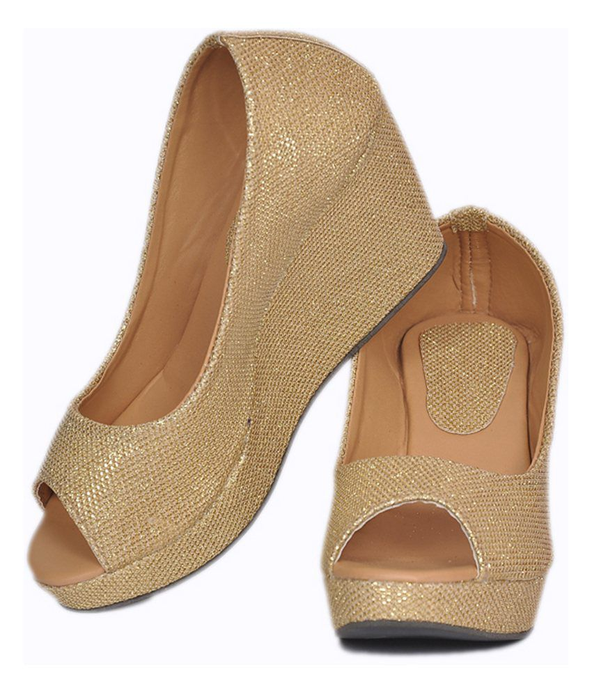 47a4218b98c Stylish Step Gold Comfortable Medium Heel Wedges Stylish Step Gold  Comfortable Medium Heel Wedges ...