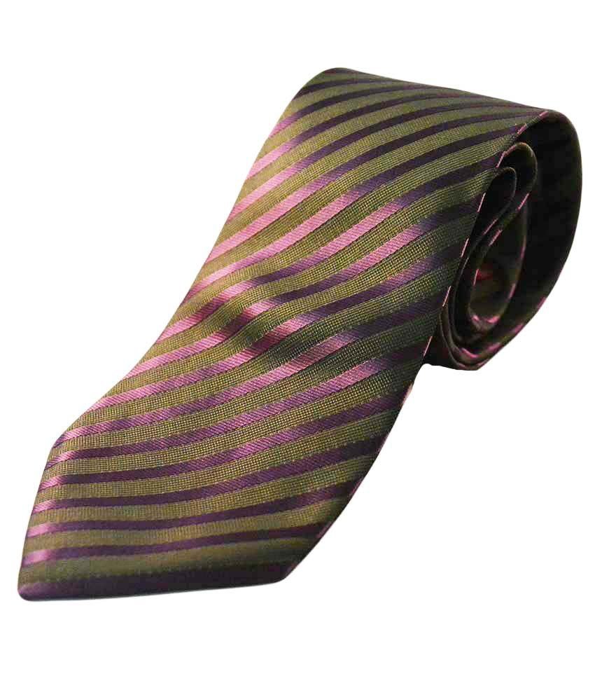 Kalon Formal Tie With Cuffs And Hanky