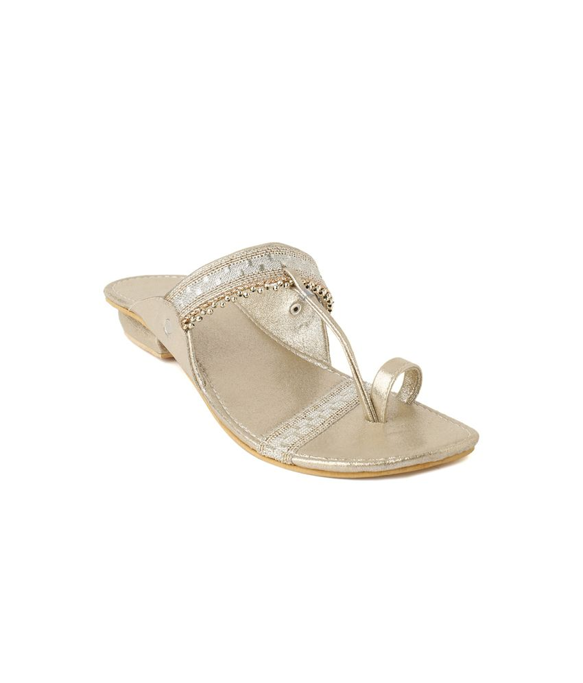 Wellworh Gold Fashionable Flat Sandal