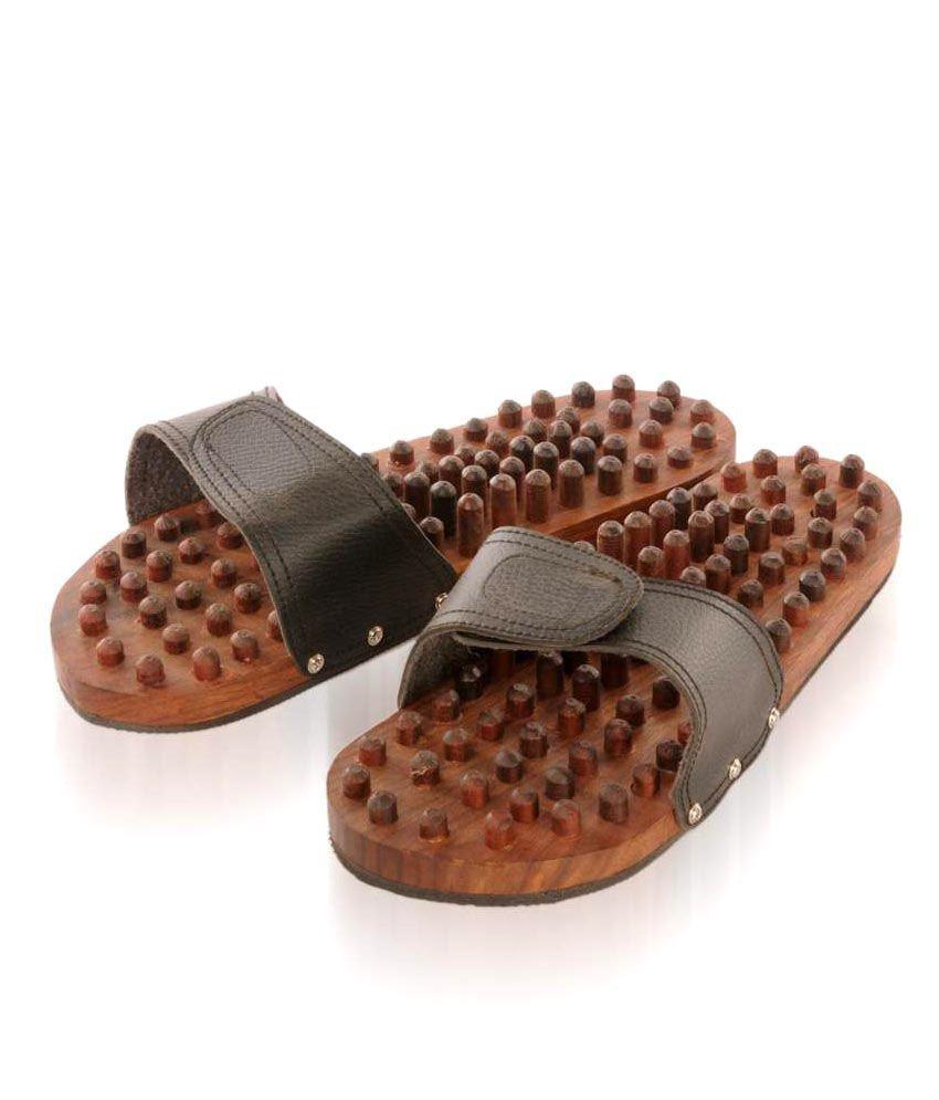 Rounak Wooden Relaxing Acupressure Slippers