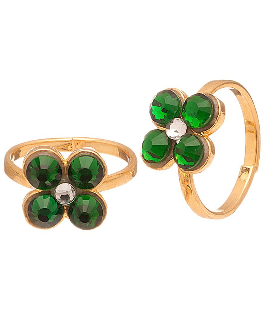 Voylla Well Designed Gold Plated Toe Rings