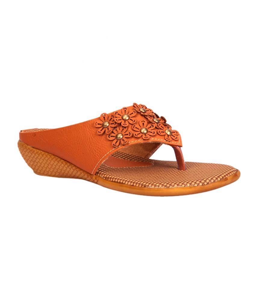 Trilokani Beige Flat Slippers