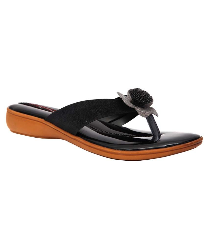 Trilokani Black Flats Slipper For Women