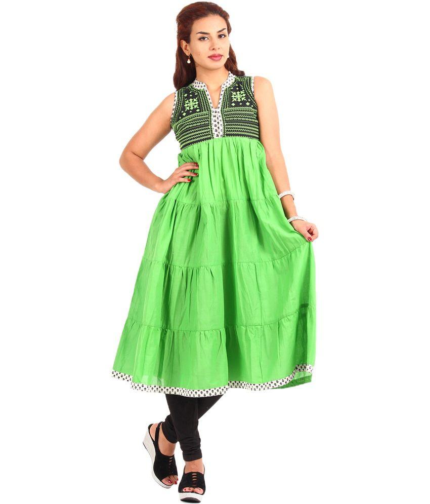Desi Vibe Green Embroidered Cotton Medium Kurti