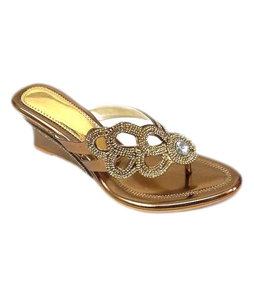 Bootwala Gold Patent Studded Medium Heel Ethnic Slip Ons