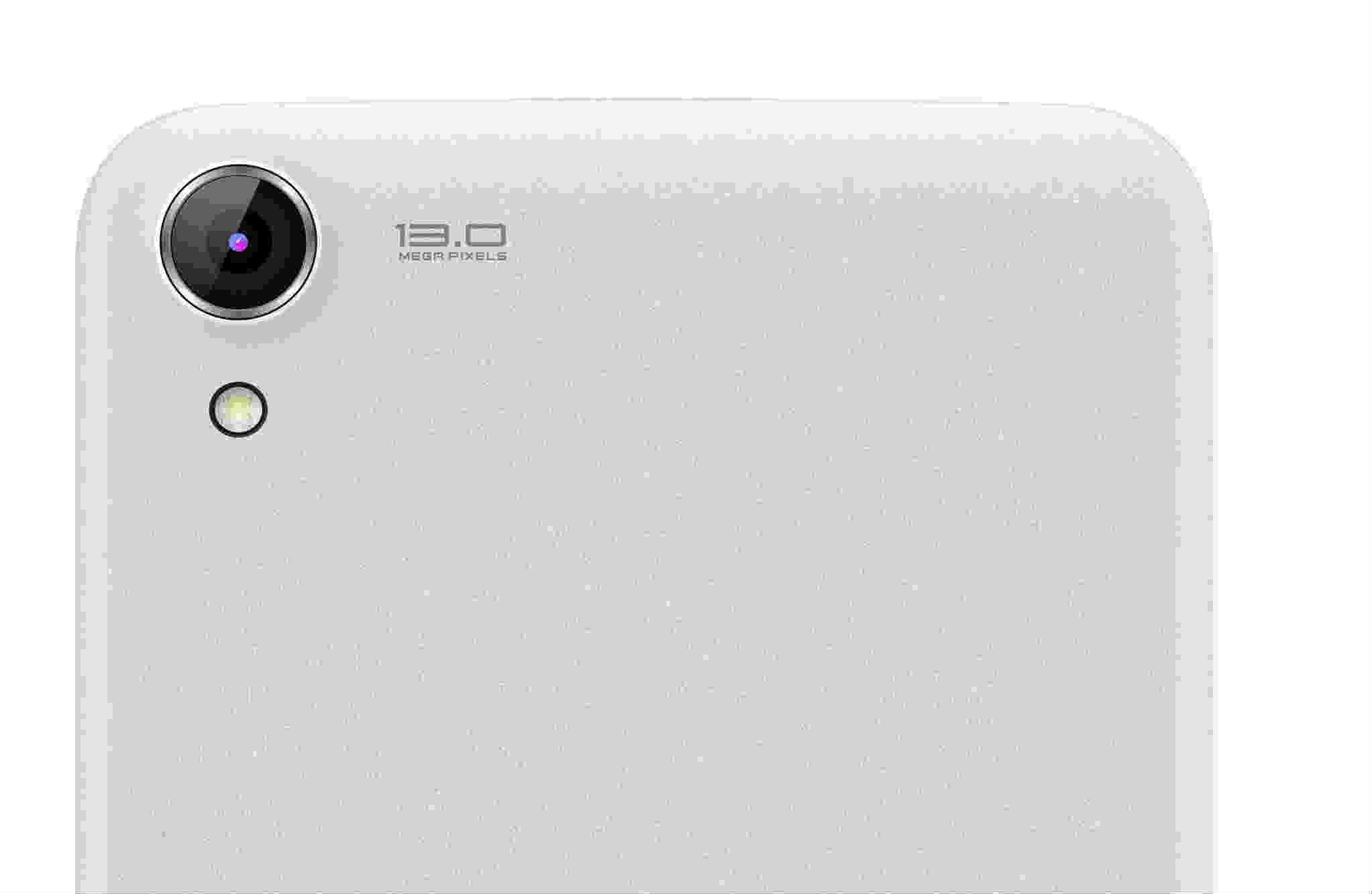 Additionally with the 5 MP secondary camera of the smartphone you can click stunning self portraits