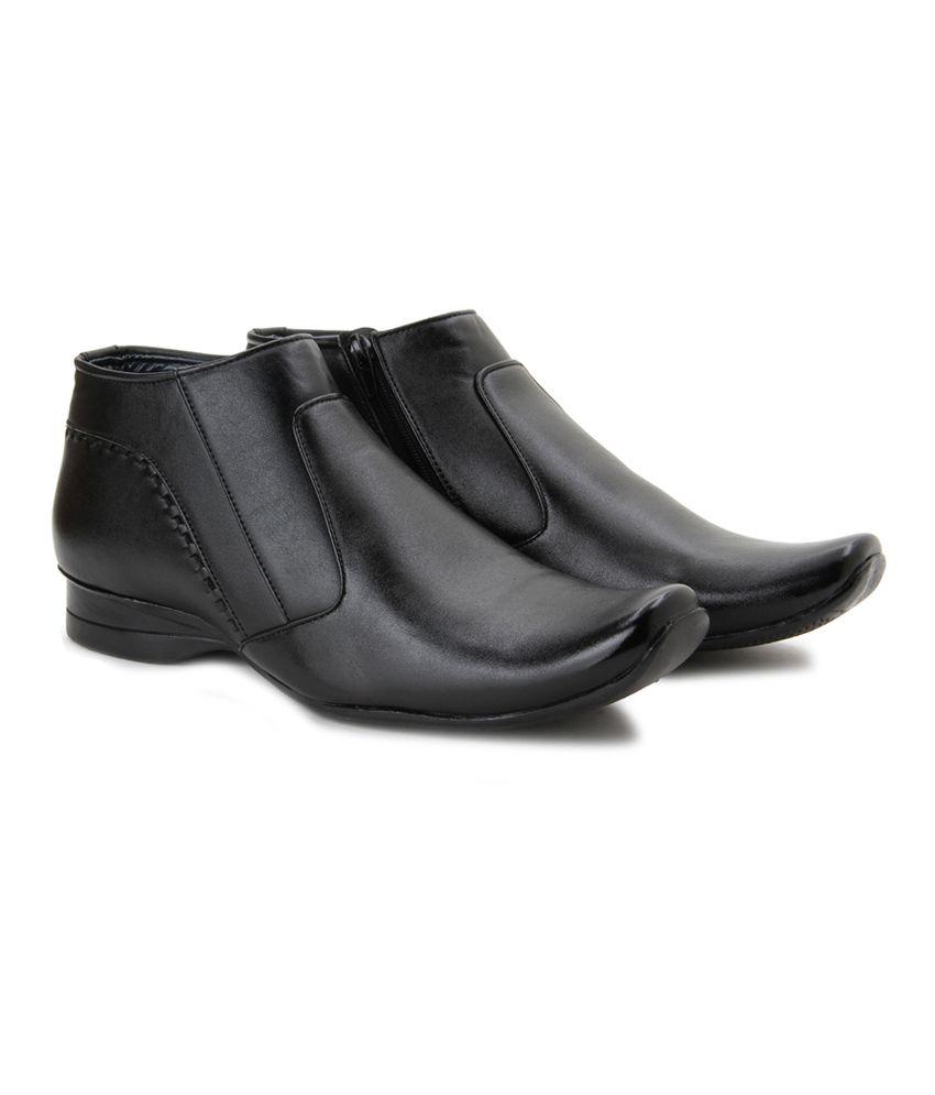 Andrew Scott Black Boots