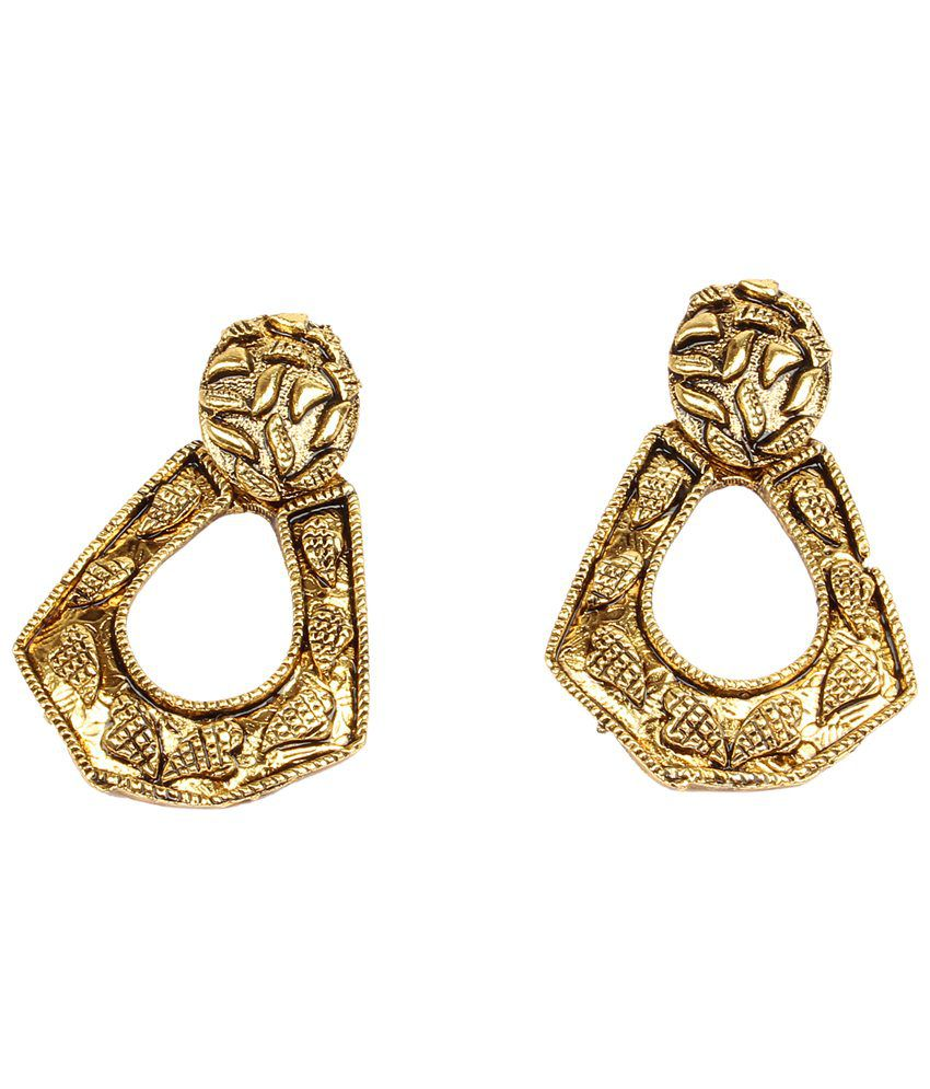 Dee Gee Gold Toned Stud Earrings