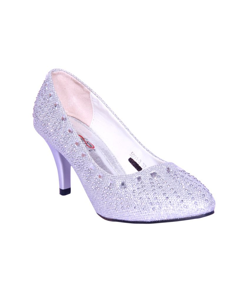 Foot Step Silver Faux Leather Ethnic Heeled Pumps