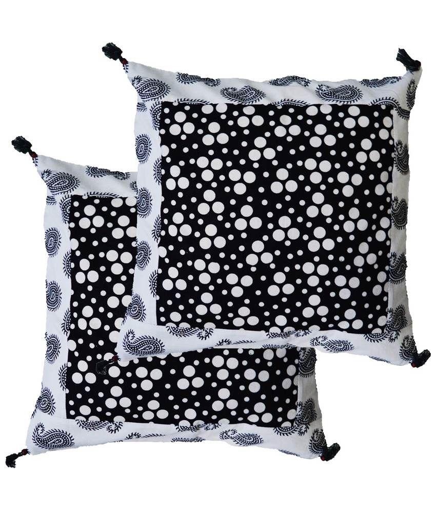 eCraftIndia Polka Dots Printed Set of 2 Cotton Cushion Covers