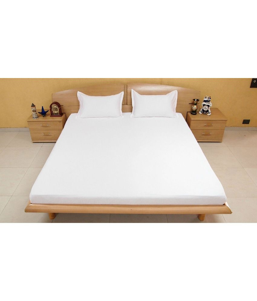 Bombay Dyeing White Premium Cotton King Size Double Bedsheet With 2 Pillow  Covers ...