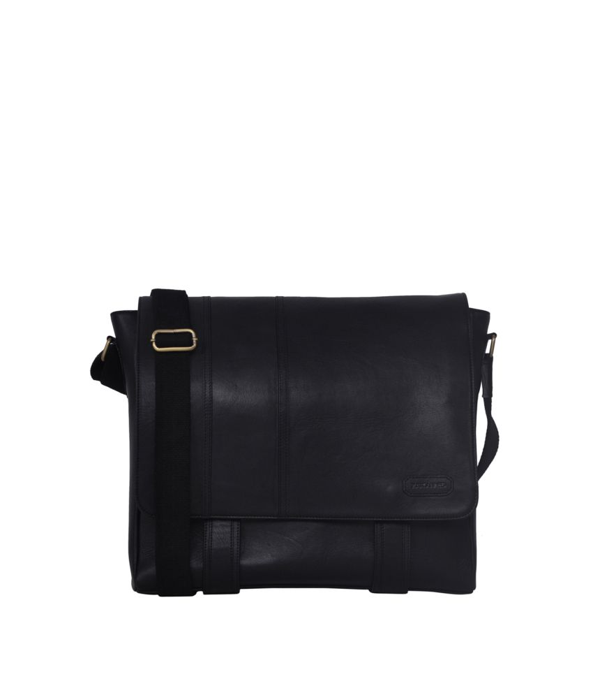 54fa2e2a21 Justanned Cross Hang Men Messenger Bag - Buy Justanned Cross Hang Men  Messenger Bag Online at Low Price - Snapdeal