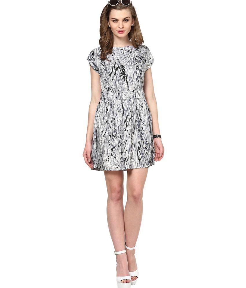 La Zoire White Poly Crepe Dresses