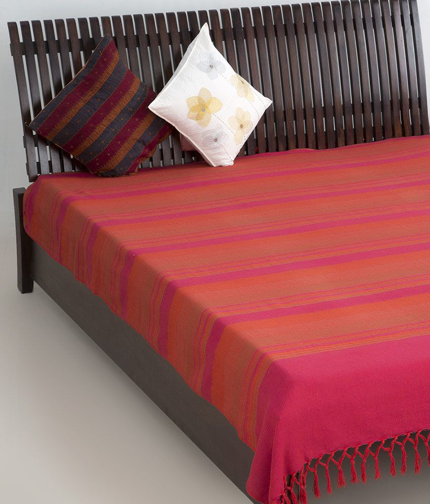 fab india am09 fuschia cotton woven tarini 2 bed cover buy fab