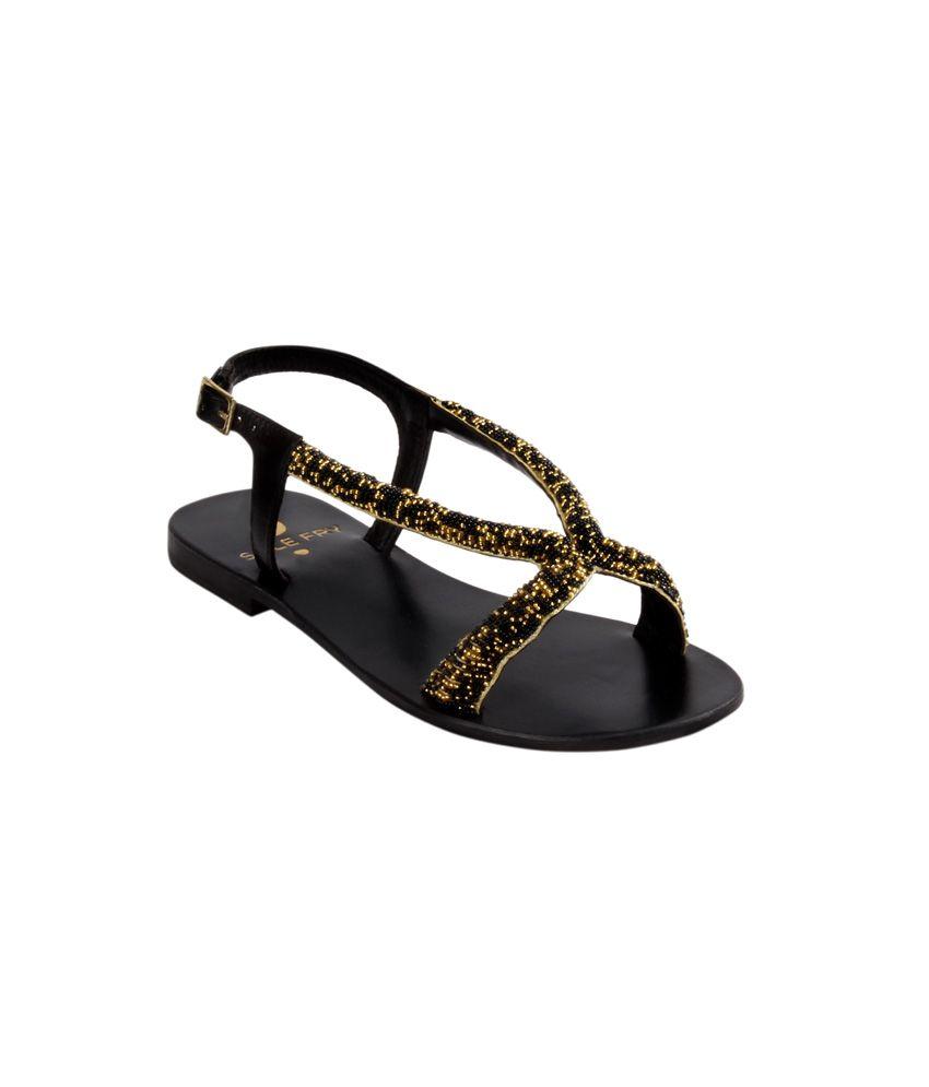 Solefry Black Flat Slip-Ons