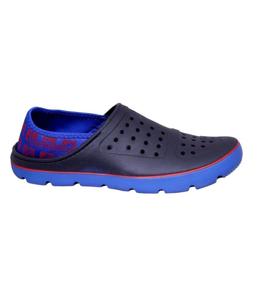 9ce2b24716 Vostro Black Eva Croc Sandals Price in India- Buy Vostro Black Eva ...