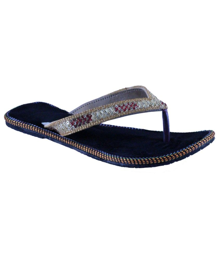 Alankrita Women Ethnic Bellies - Black