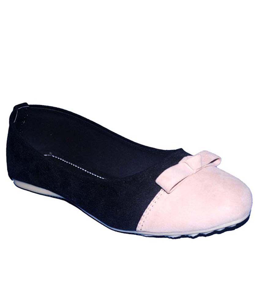 Kolapuri Centre Black Cream Velvet Daily Wear Ballerinas