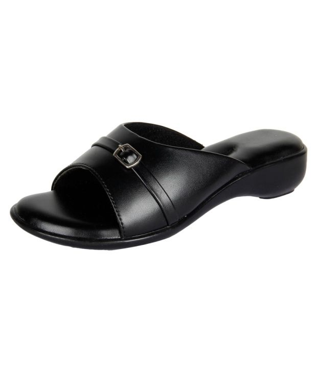 Niremo Black Synthetic Leather Heeled Slip Ons
