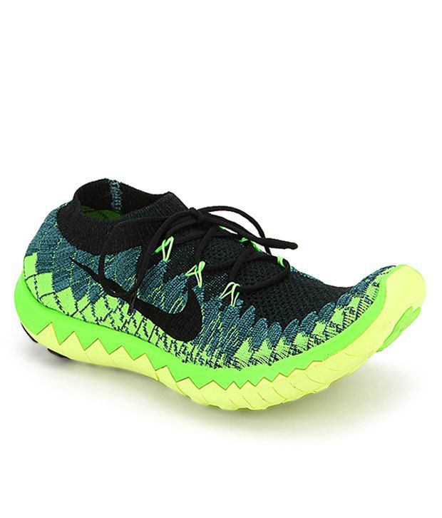 5d5aefced60f Nike Free 3.0 Flyknit - Buy Nike Free 3.0 Flyknit Online at Best Prices in  India on Snapdeal