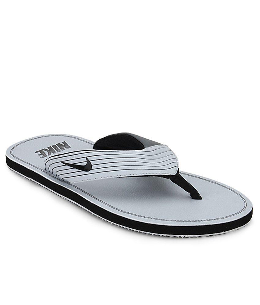 2da581948dbf Nike Chroma Thong Iii Price in India- Buy Nike Chroma Thong Iii Online at  Snapdeal