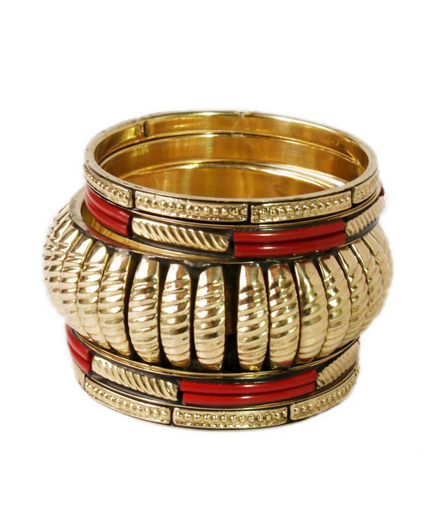 VR Designers Classic Red And Golden Metal Bangle Set