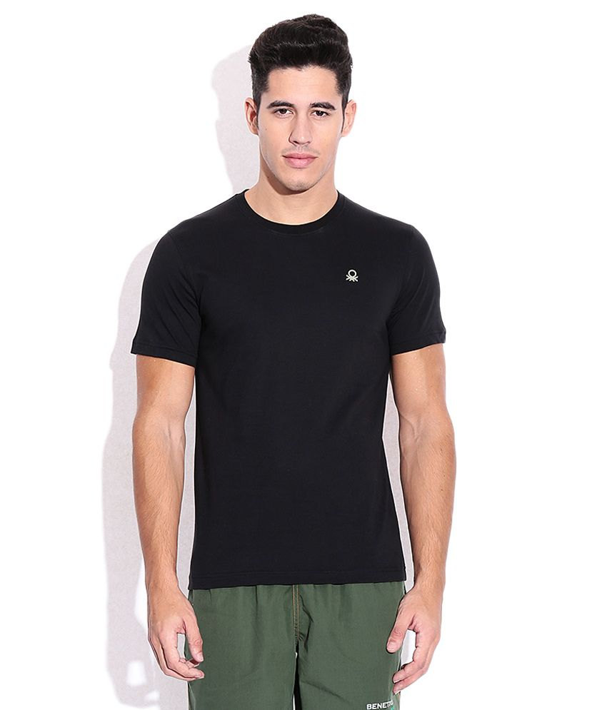 Under Colors of Benetton Black Round T Shirt