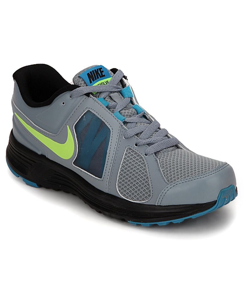 nike sport shoes shoe revolve snapdeal latest prices india installation