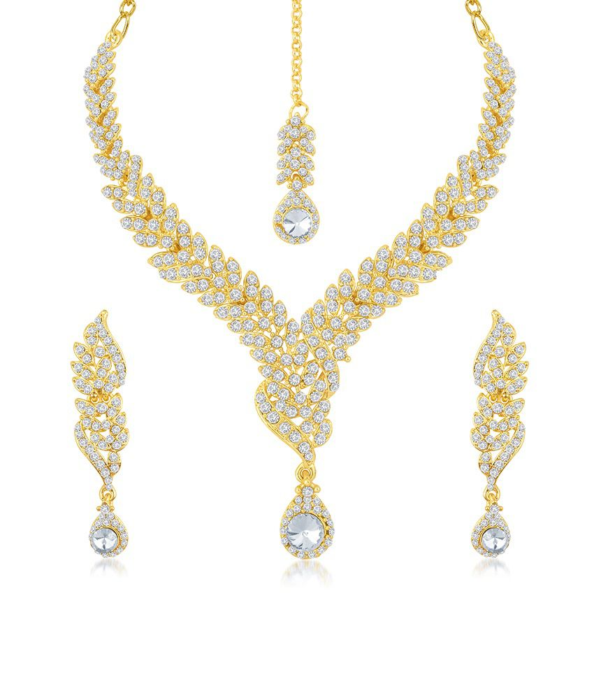 Sukkhi Zinc Gold Plated Australian Diamond Studded Necklace Set