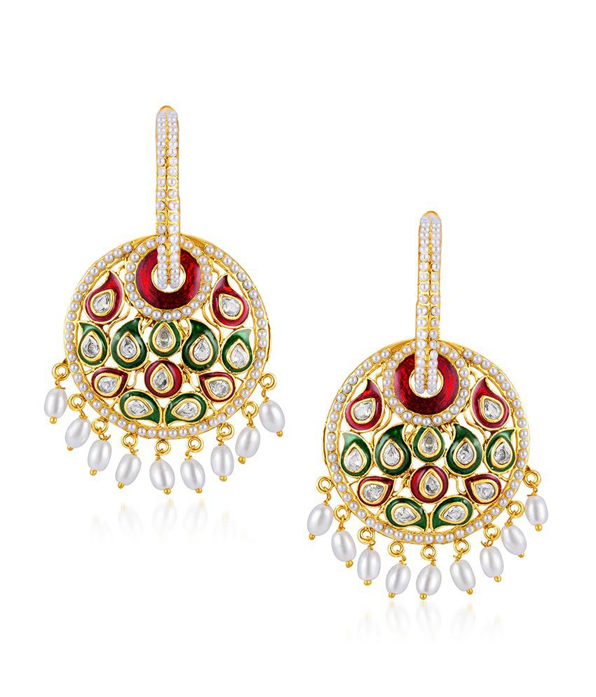 Sukkhi Glistening Gold Plated Australian Diamond Earrings