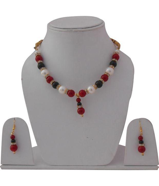 Clicktin Designer Pearl Necklace Set
