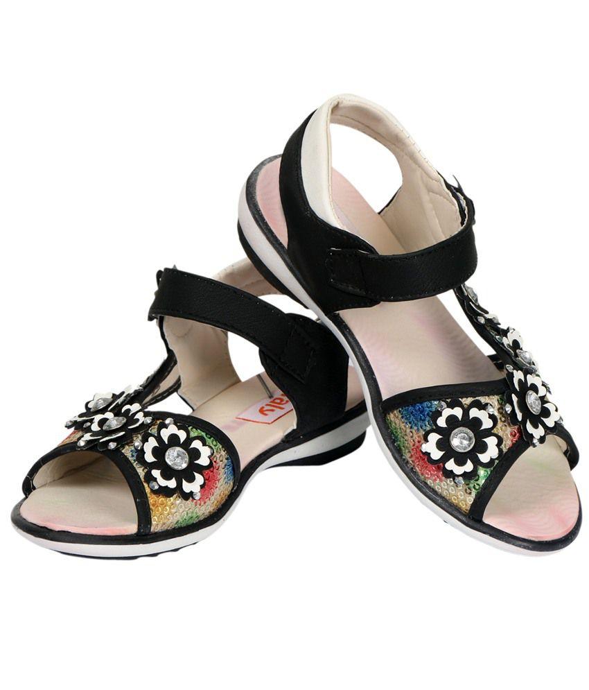 Buy Vittaly Stylish Sandal For Girls