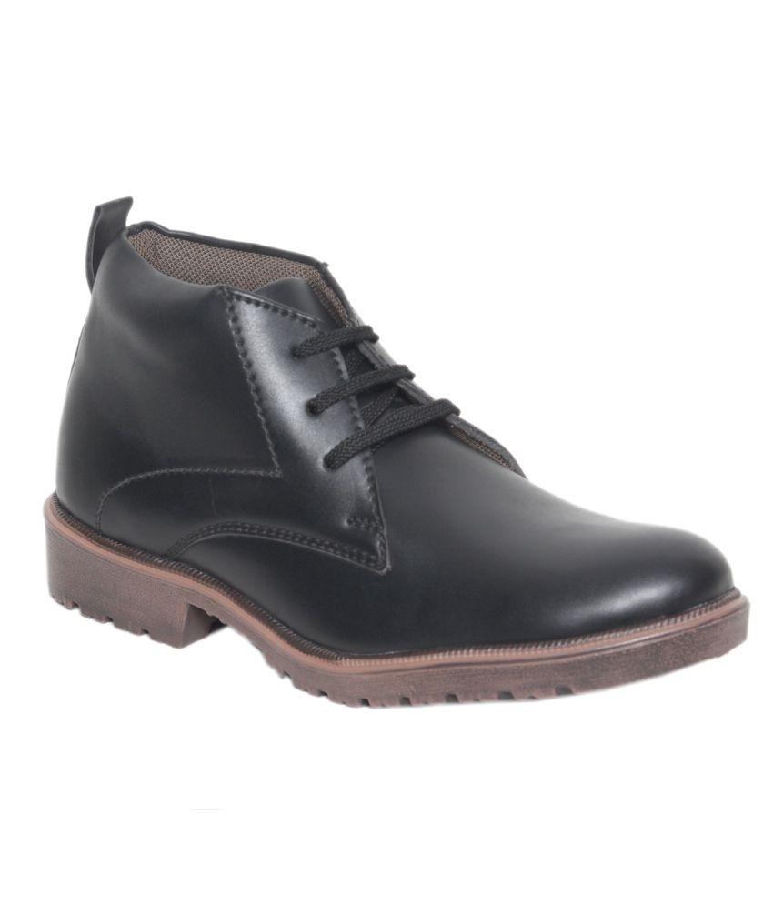 Shoe Smith Black Boots Shoes (Size-10)