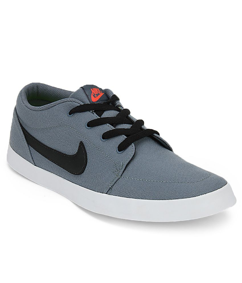 Nike Gray Lifestyle & Sneaker Shoes Art N706555402 - Buy ...