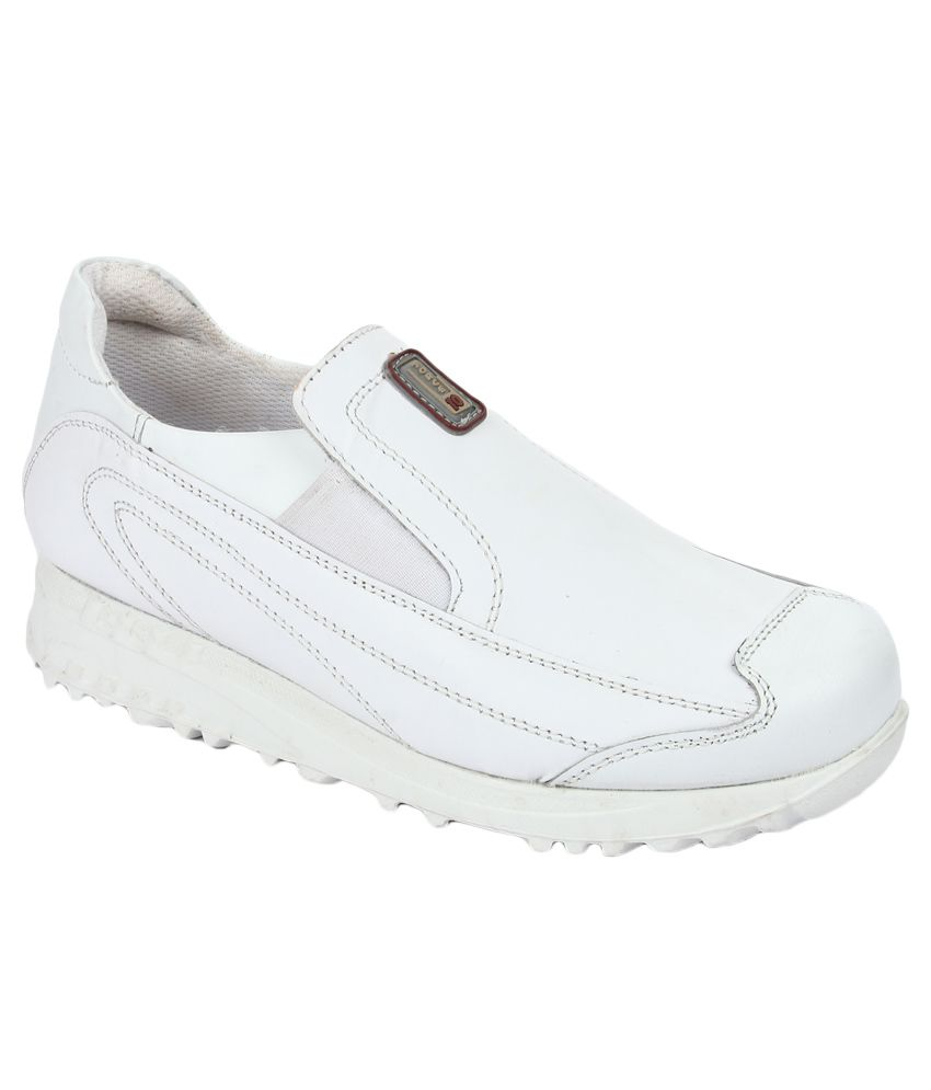 Force 10 By Liberty White Sports Shoes
