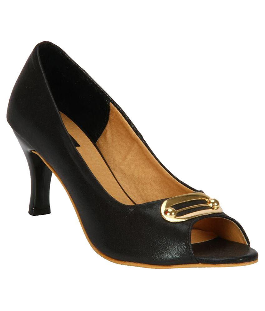 Welson Black Kitten Heels