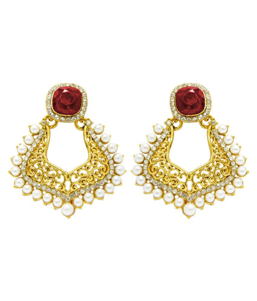 Peora Alloy Studded Gold Coloured Earrings