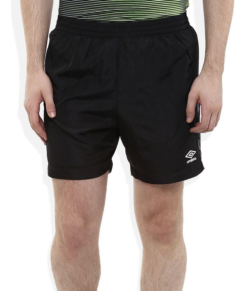 Officiële Website details voor informatie vrijgeven op Umbro Black Solids Shorts
