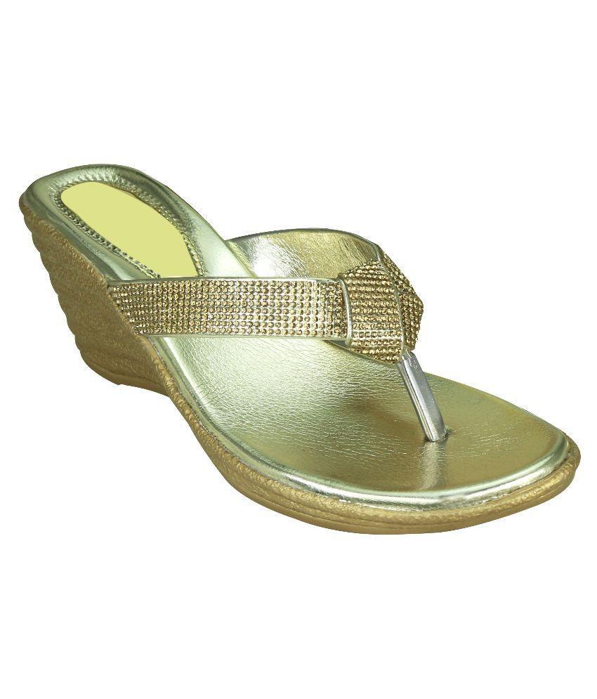 Delite Gold Wedges Heels