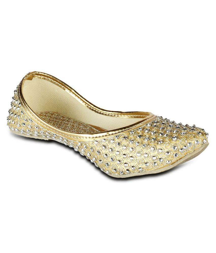 Tryfeet Gold Ethnic Footwear