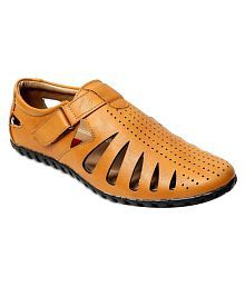 4757b82a7880 peponi Sandals   Floaters  Buy peponi Sandals   Floaters Online at ...