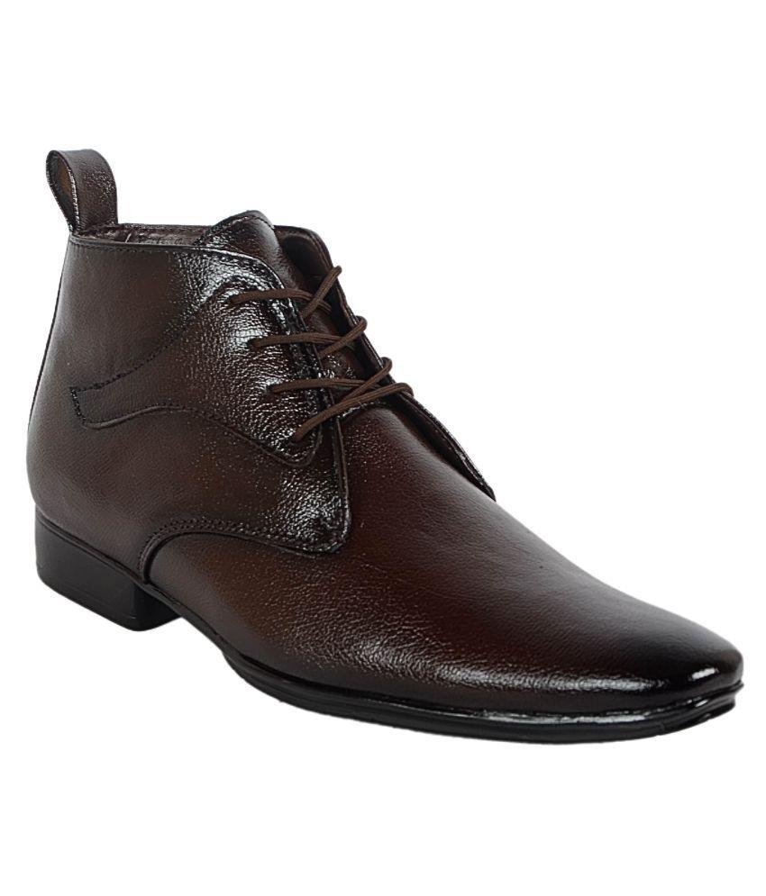 1Aarow Brown Boots
