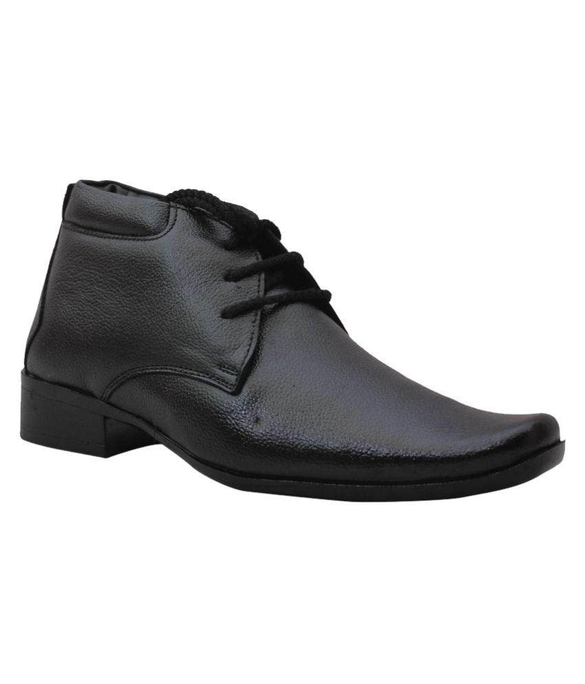 BrandTrendz Black Boots