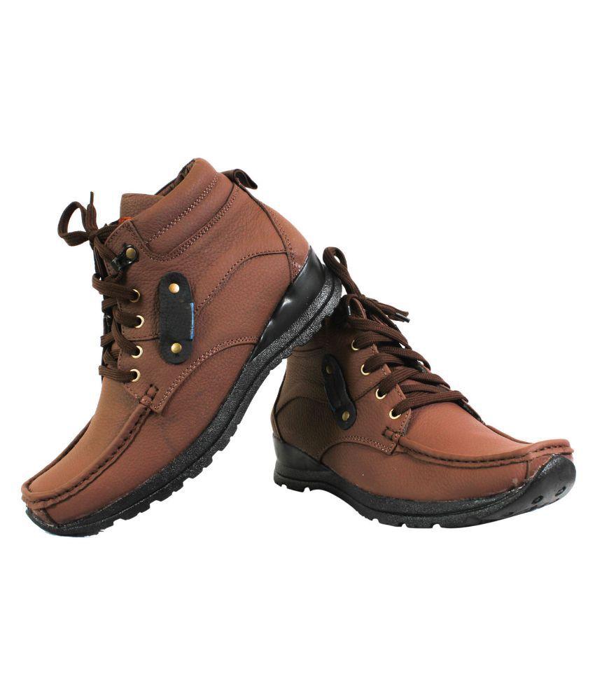 BrandTrendz Brown Boots