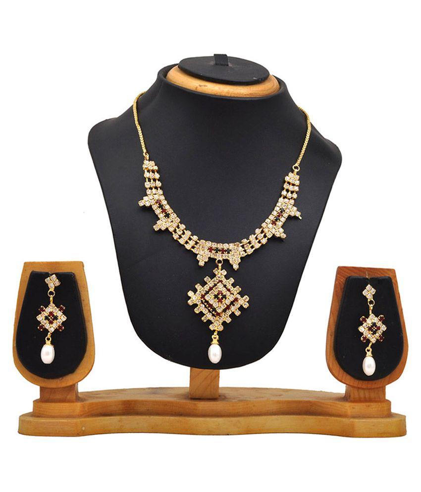 Hawai Golden Necklaces Set