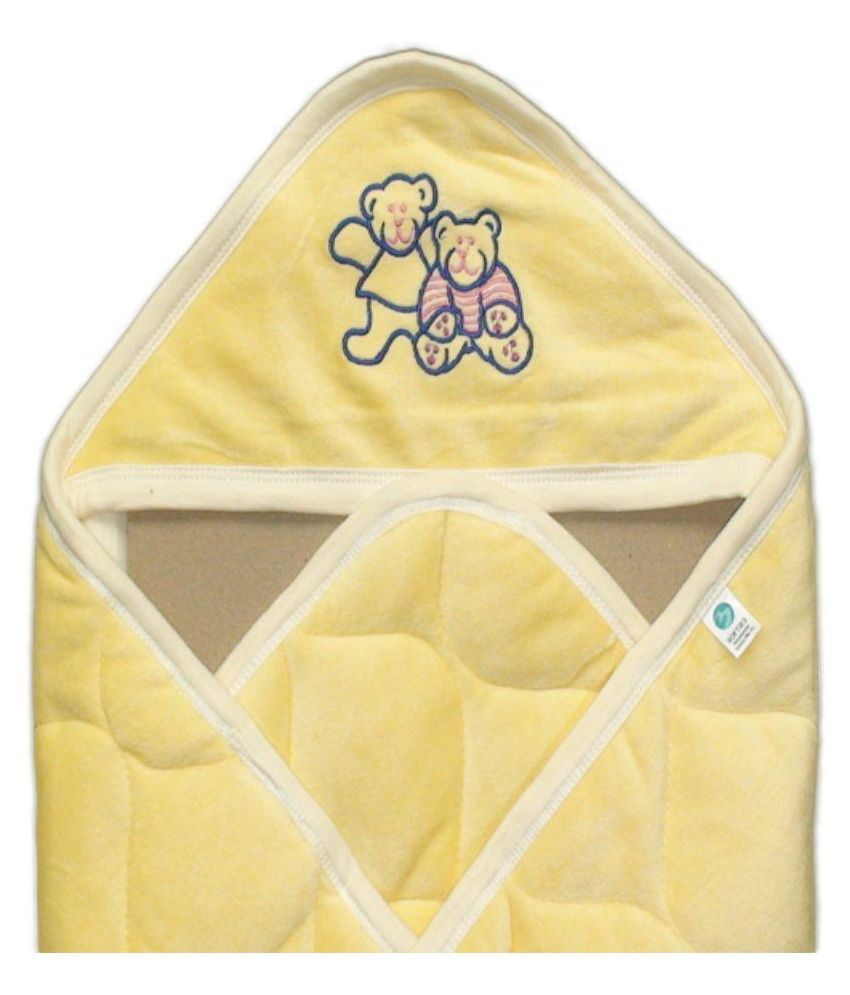 QUILTED BABY WRAP