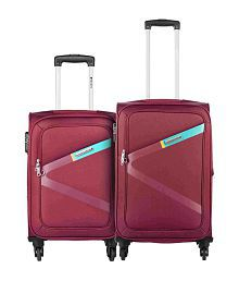 Safari Greater Red Set of 2 Small & Medium 4 Wheel Soft Branded Luggage