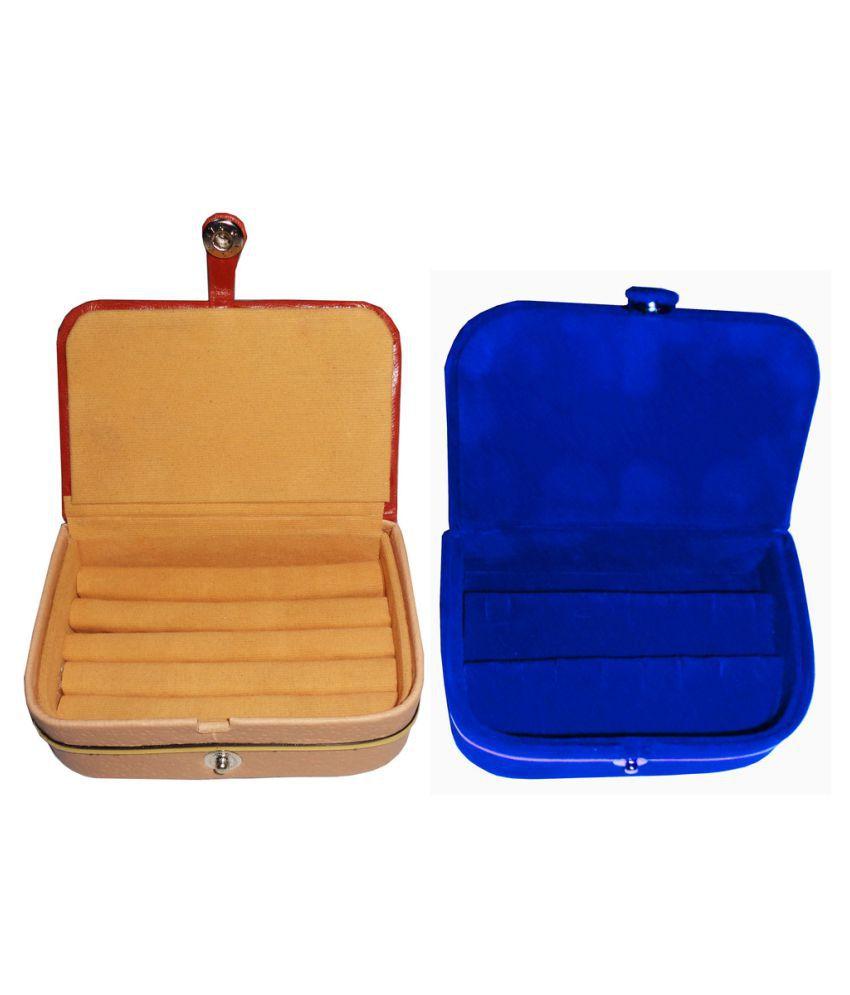 Abhinidi Combo of Multicolour Earrings and Ring Box